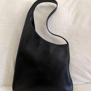 Woman's Prada Shoulderbag